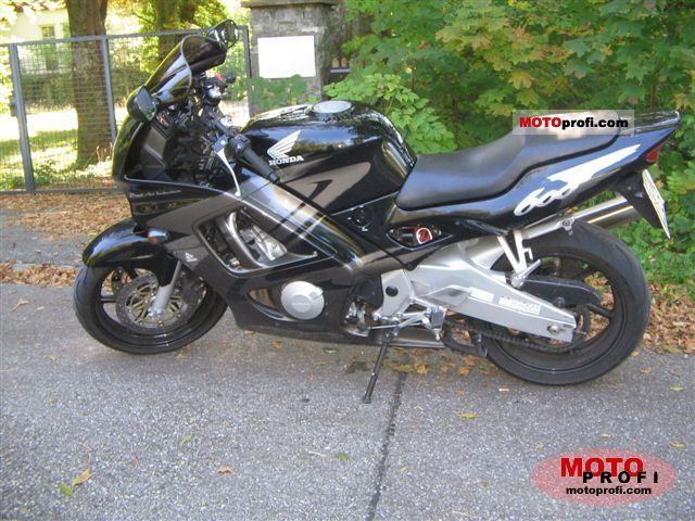 Honda CBR 600 F 1998 photo