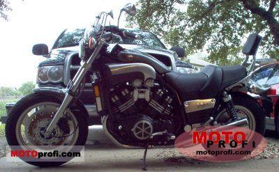 Yamaha VMX 1200 V-Max 2002 photo