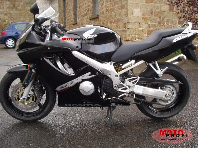 Honda CBR 600 F 2003 photo