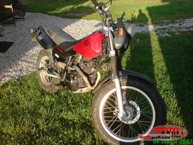 Yamaha TW 125 2002 photo