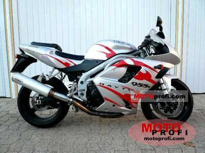 Triumph Daytona 955i 2001 photo