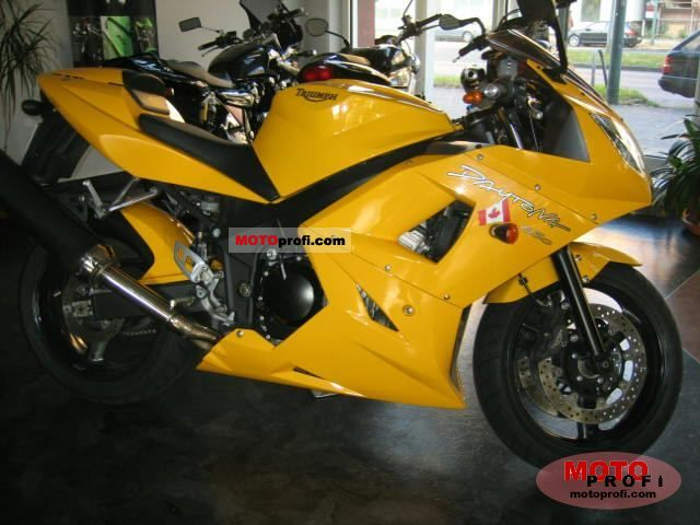 Triumph Daytona 650 2005 photo