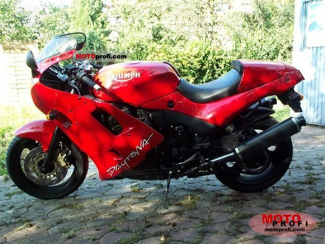 Triumph Daytona 1200 1996 photo