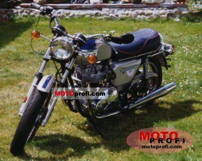 Triumph T 140 V Bonneville 1977 photo