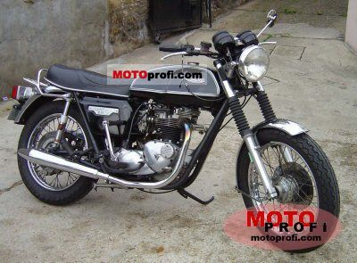 Triumph T 140 V Bonneville 1978 photo