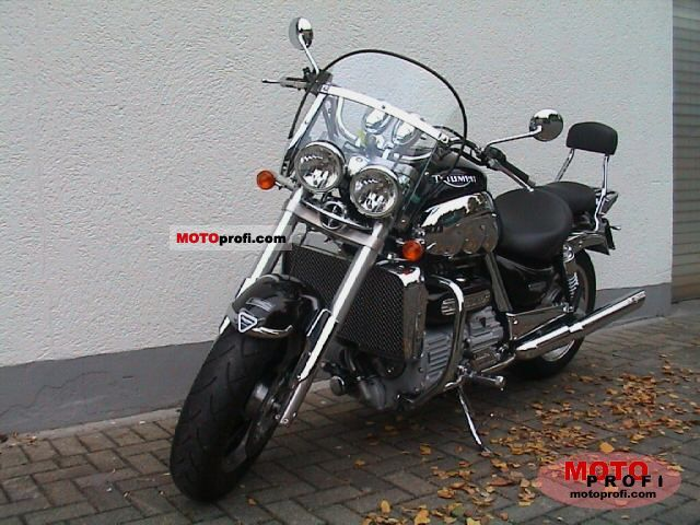 Triumph Rocket III 2005 photo