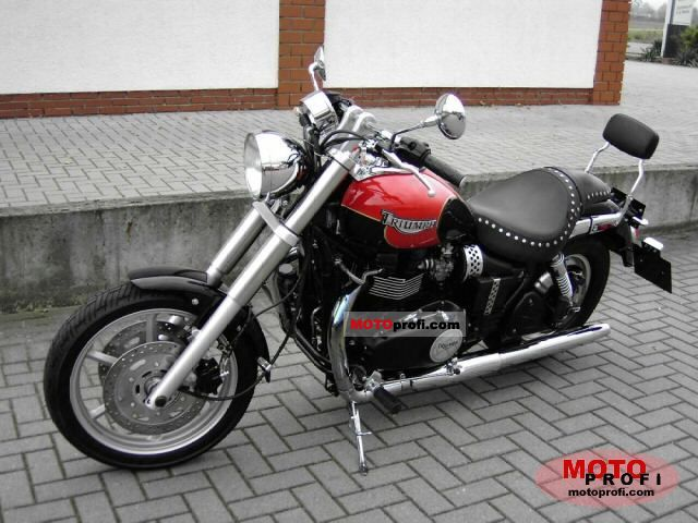 Triumph Speedmaster 2004 photo