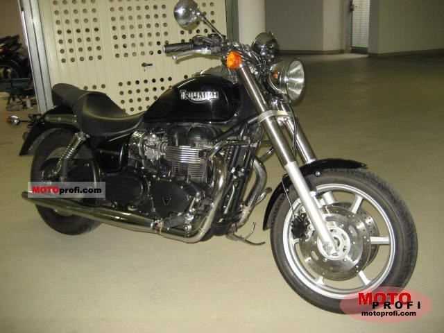 Triumph Speedmaster 2005 photo
