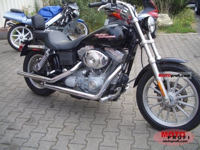 Harley-Davidson FXDWGI Dyna Wide Glide 2005 photo