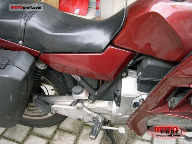 BMW K 100 RT 1986 photo
