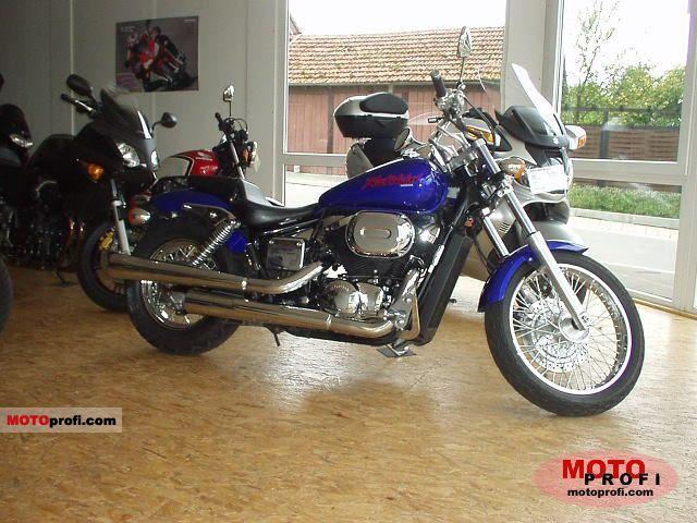 Honda VT 750 DC Black Widow 2002 photo