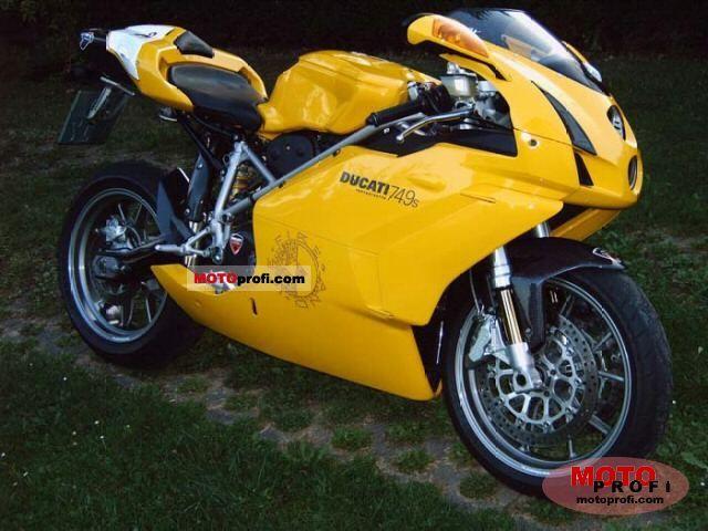 Ducati 749 S 2003 photo