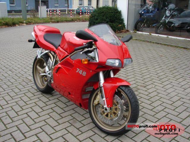 Ducati 748 2001 photo