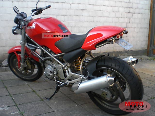 Ducati Monster 600 2002 photo