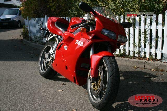 Ducati 748 S 2001 photo