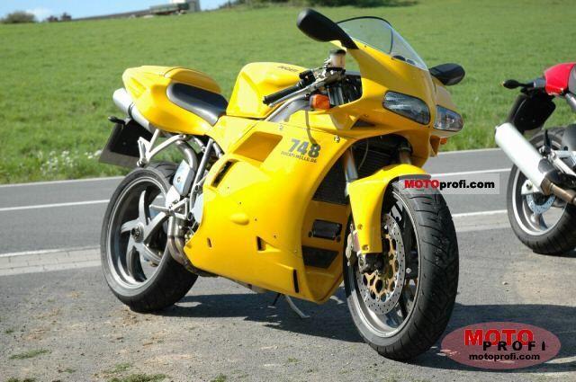 Ducati 748 S 2002 photo