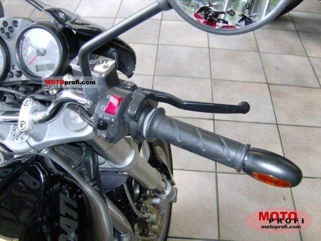 Ducati Monster 620 S i.e. 2002 photo
