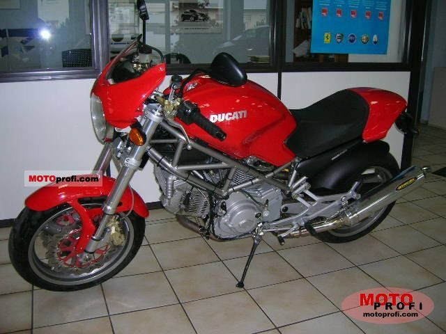 Ducati Monster 900 i.e. 2002 photo