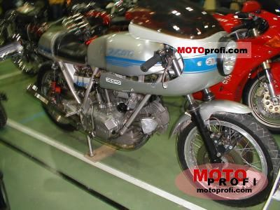 Ducati 900 SS 1975 photo