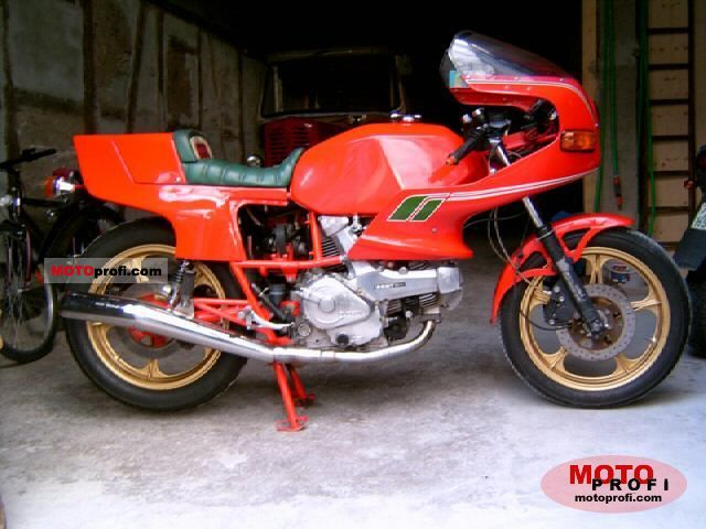 Ducati 600 SL Pantah 1982 photo