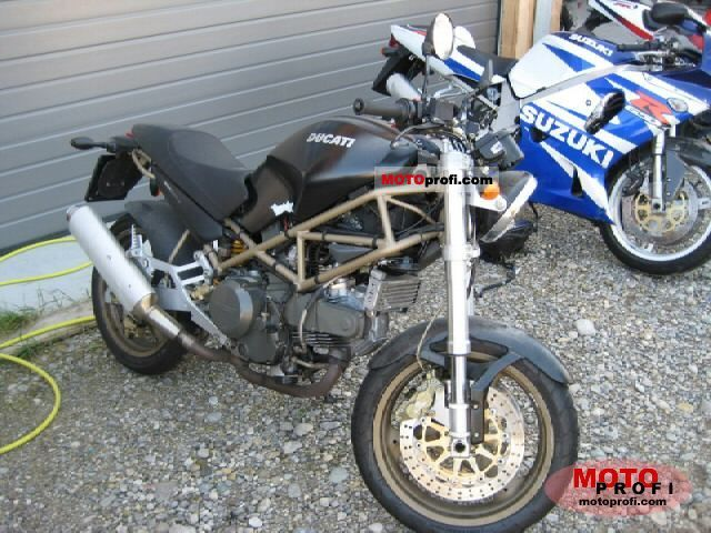 Ducati 750 Monster 1997 photo