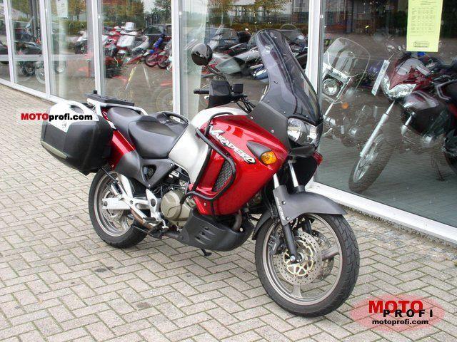 Honda XL 1000 V Varadero 2000 photo