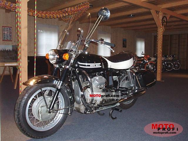 Moto Guzzi V7 850 California 1972 photo