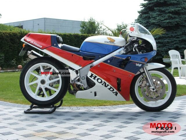 Honda VFR 750 R / RC 30 1988 photo