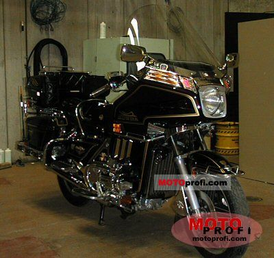 Honda GL 1100 Gold Wing Interstate 1981 photo
