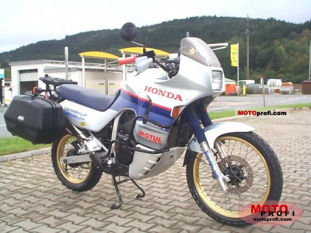 Honda XL 600 V Transalp 1987 photo