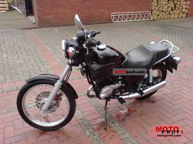 Cagiva Roadster 125 1999 photo