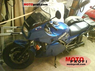 Honda VF 1000 F 1984 photo