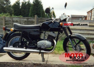 CZ 250 Twin 1978 photo
