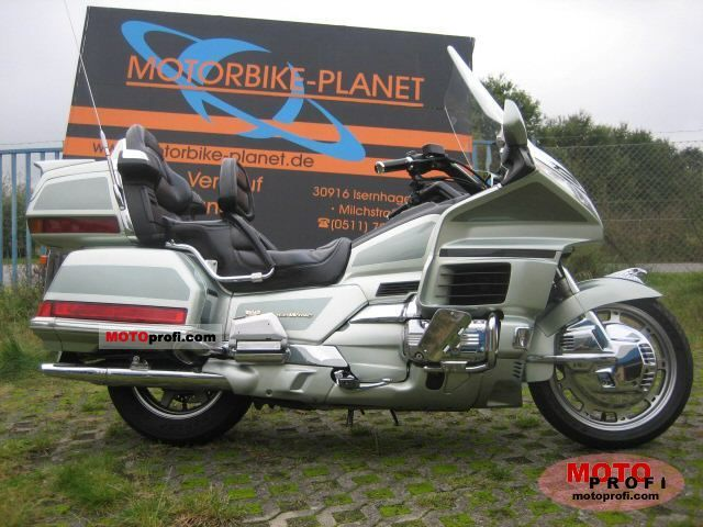 Honda GL 1500 SE Gold Wing 1999 photo