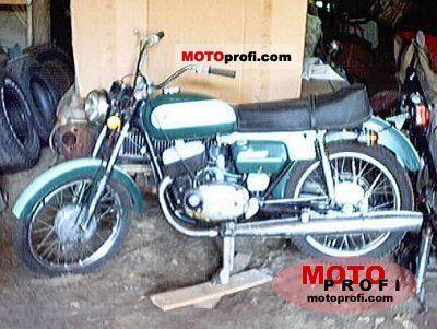 CZ 125 1974 photo