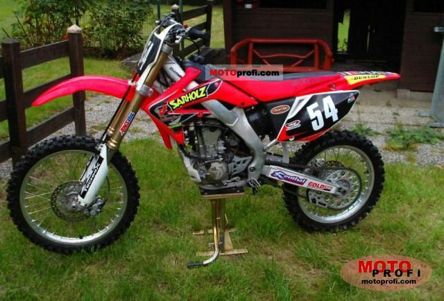 Honda CR 250 F 2004 photo