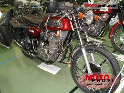 BSA A 75 Rocket 3 1971 photo