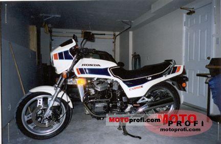 Honda CX 650 E 1984 photo
