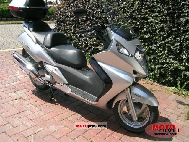 Honda Silver Wing 2003 photo