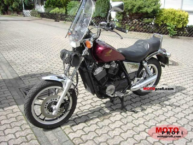 honda vt 500 c 1984 specs and photos. Black Bedroom Furniture Sets. Home Design Ideas