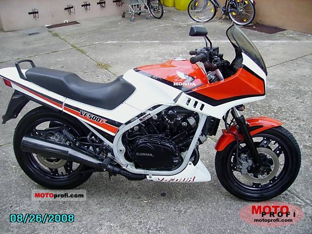 Honda VF 500 F 1985 photo