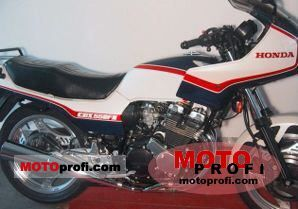 Honda CBX 550 F 2 1982 photo