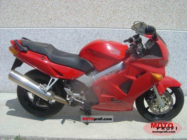 Honda VFR 800 1999 photo