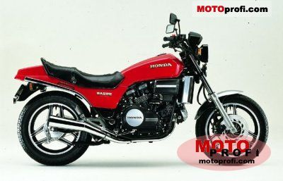 Honda VF 750 S V45 Sabre 1982 photo