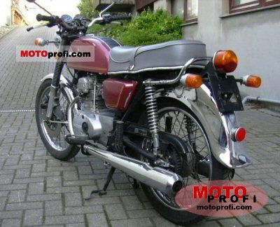 Honda CB 125 disc 1975 photo