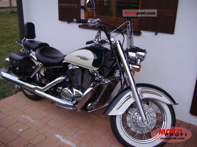 Honda VT 1100 C3 Shadow 1999 photo