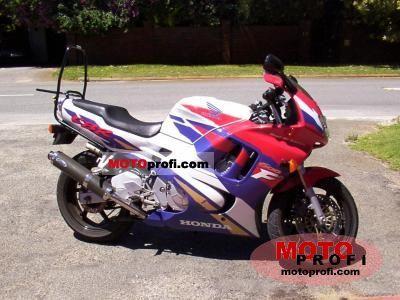 Honda CBR 600 F3 1995 photo