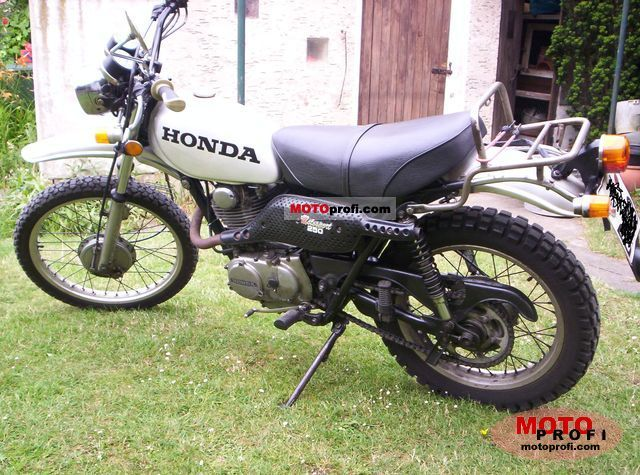 Honda XL 250 1975 photo