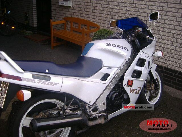 Honda VFR 75... Ducati 748 Specs