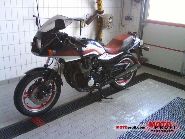 Kawasaki GPZ 750 1983 photo